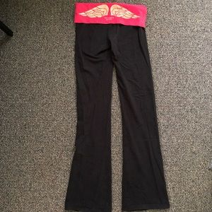Black VS yoga pants with Hot pink and gold band